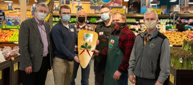 Palmer Fred Meyer harvests second Golden Carrot for 2020